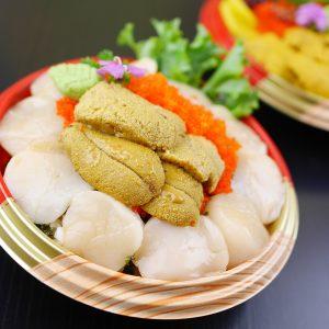 Jumbo size Hokkaido Scallops with Sea urchin Don